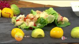 Cocina Chef Omar Sandoval ´Tacos de lechuga rellenos de camarón salteado´