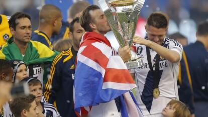 En su día especial, recordamos rápidamente como fue la carrera del exitoso mediocampista inglés David Beckham.