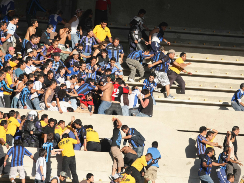 Querétaro vs Atlas 2010.png