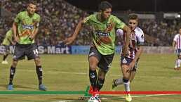 Los Bravos de Marco Fabián se miden a unas Chivas sin gol