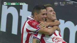 ¡El 'Chicote' repite la dosis! Golazo de Chivas para 0-1 ante América