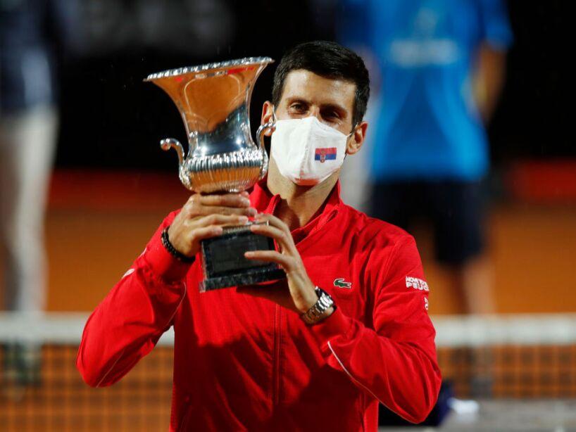 'Nole', después de su desastroso paso por el US Open, levanta su copa número 36 del torneo Masters 1000 derrotando 7-5 y 6-3 a Diego Schwartzman, ¡enorme!