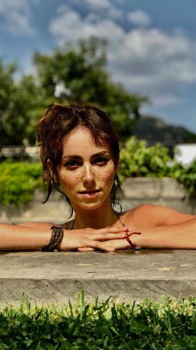 Natalia Téllez, la neta divina que desborda sensualidad