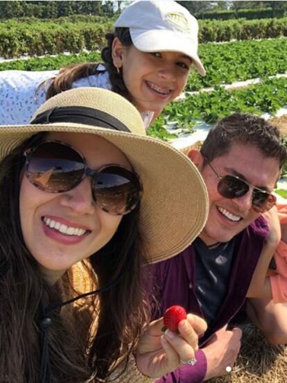 Ernesto Laguardia comparte en su cuenta de Instagram algunos de los momentos más memorables de su vida familiar junto a su esposa Patricia Rodríguez y sus tres hijos, Bárbara, Emiliano y Santiago.