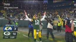 ¡Rodgers se luce! El QB corre una yarda y consigue la anotación