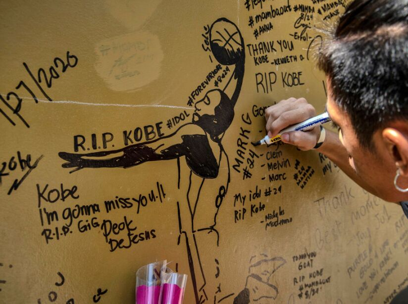 Filipinos Pays Tribute To Kobe Bryant In Valenzuela City
