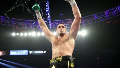 Deontay Wilder decepcionó y poco pudo hacer para retener el título de pesos pesados ante un agresivo Tyson Fury que se proclama como nuevo campeón tras ganar en el séptimo asalto mediante nocaut técnico.