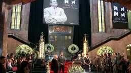 VIDEO: Así se vive el emotivo homenaje a José José en Palacio de Bellas Artes
