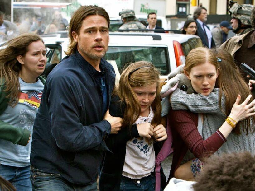 Guerra Mundial Z (2013): El mundo está a merced de millones de personas que se han infectado y ahora son muertos caminantes. ¡Sálvanos Brad Pitt!