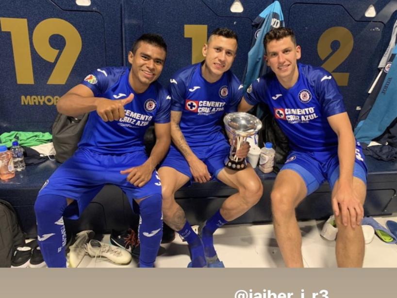 Cruz Azul campeón 8.png