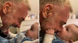 A la bebé de Gianluca Vacchi le encanta morderle la nariz a su papá y este video lo comprueba