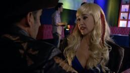C73: Eva María estafará a Juan Carlos por suplantar su identidad.