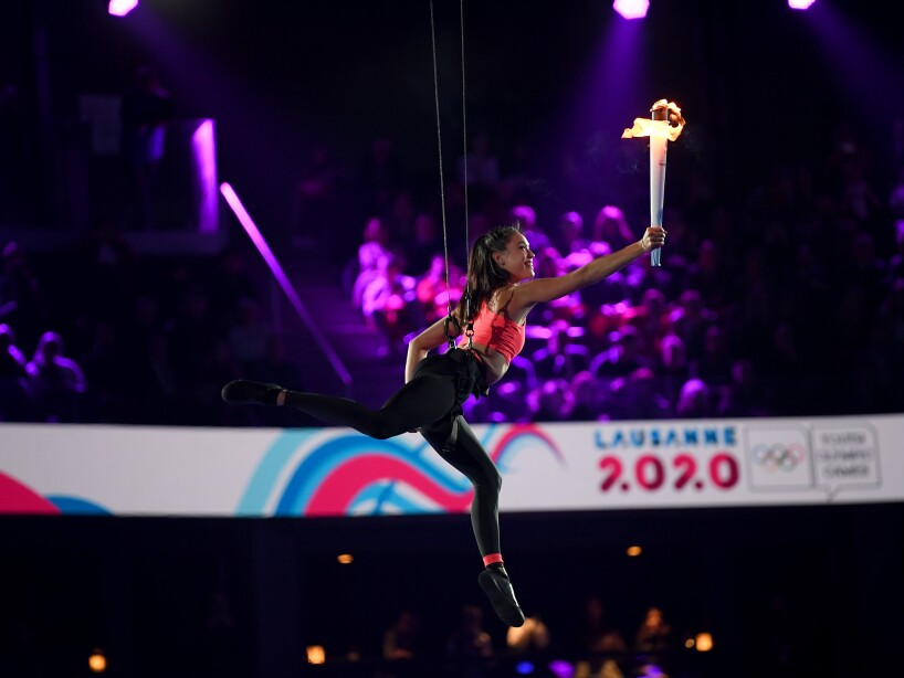 Las mejores imágenes de la fiesta deportiva desde Lausana, Suiza. Deportistas menores de 19 años de 79 países se dieron cita en la Vaudoise Arena y buscarán la gloria olímpica entre las 16 disciplinas de invierno.