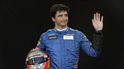 Adiós, McLaren. Carlos Sainz correrá para Ferrari en sustitución de Sebastian Vettel el próximo año y aquí recordamos algunas postales del piloto español.
