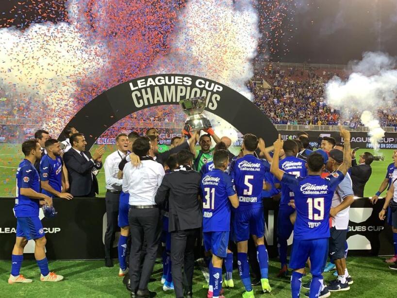 En su primera edición, los cementeros consiguen coronarse derrotando 2-1 a Tigres.