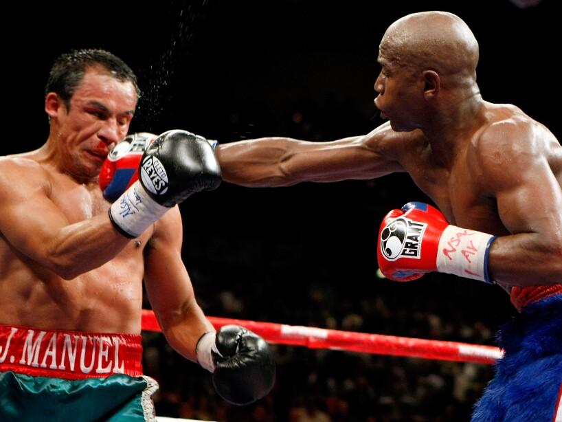 Floyd Mayweather Jr. v Juan Manuel Marquez