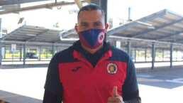 Gullit Peña llegó a El Salvador y se comprometió a ganar el título con FAS