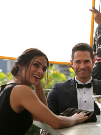 Renata Notni y Sebastián Rulli regresan a la pantalla chica con 'El dragón', una producción de Televisa, W studios y Lemon Studios.