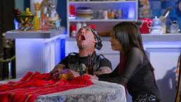 La peor pesadilla de Rocko: Alejandra lo obliga a trabajar en 'Vecinos'