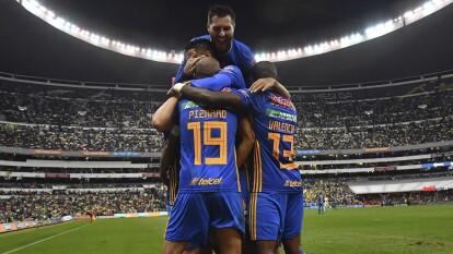 Con goles de Guido Pizarro y Gignac, los universitarios pegan primero 1-2; por 'las Águilas' abrió el marcador Richard Sánchez.