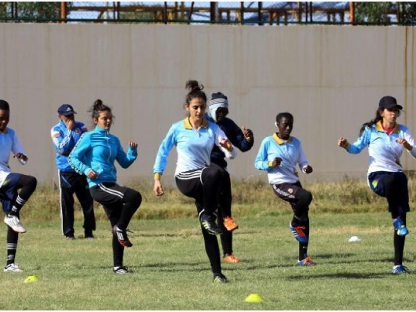 libya lucha futbol femenil.PNG