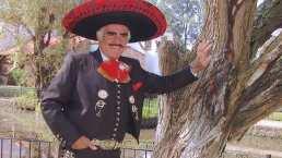 """Vicente Fernández se disculpa por comentarios homofóbicos: """"Tengo muchos amigos gays"""""""