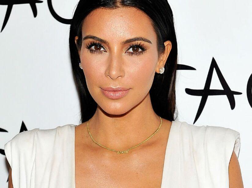 4. Kim Kardashian: ¡No puedo esperar a que Call of Duty Black Ops II salga! ¡Los gráficos se ven locos!.