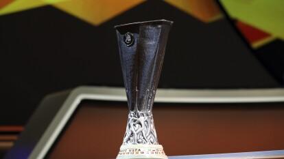 Conoce los privilegiados equipos que han logrado levantar la copa de la Europa League en el siglo XXI.