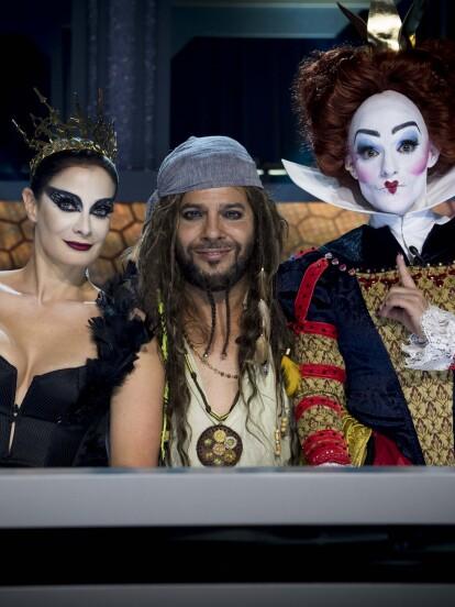 Lola Cortés, Dayanara Torres y Joaquín Cortés dan la bienvenida a la sexta gala con increíbles caracterizaciones. <br />