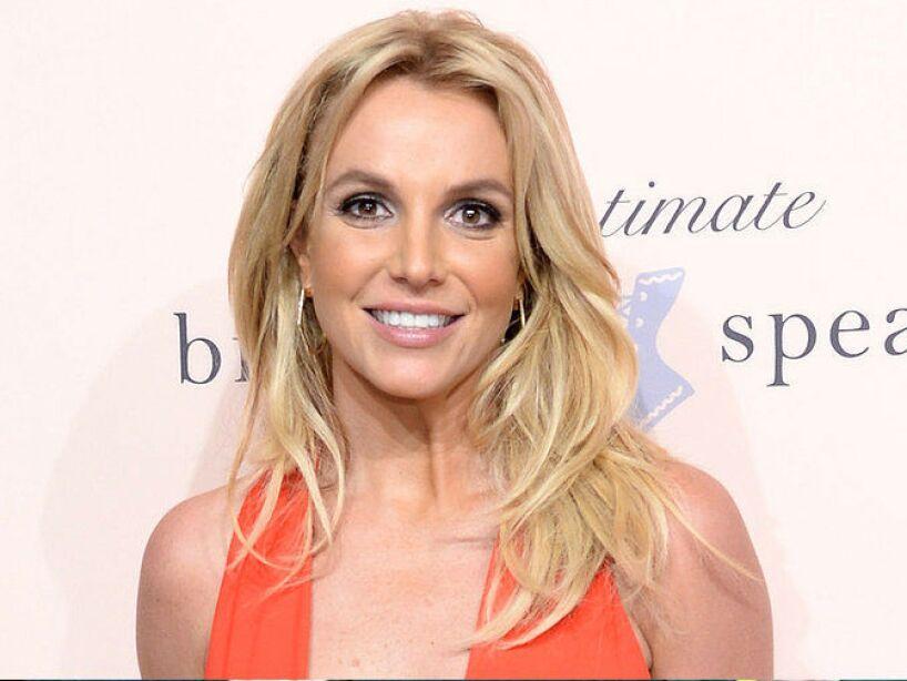 15. Britney Spears: La noticia de su muerte se publicó en una página web de la NBC y en una radio de Dallas, así como Twitter.