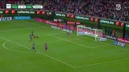 Ya es goleada! Chivas le hace el 3-0 de penalti al San Luis