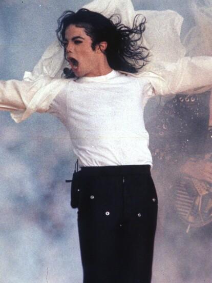 Michael Jackson falleció el 25 de junio de 2009 a los 50 años a consecuencia de una intoxicación de propofol y benzodiacepinas.