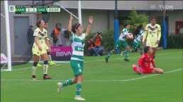 ¡No bajan los brazos! Andrea Hernández pone a Santos 3-2