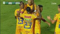 Luis Quiñones cruza a Ochoa y marca el 1-0 para Tigres