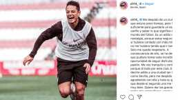 Emotiva despedida de Chicharito al Sevilla