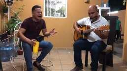 Rafael González, de Los Recoditos, te regala romántica interpretación de 'Contigo En La Distancia'