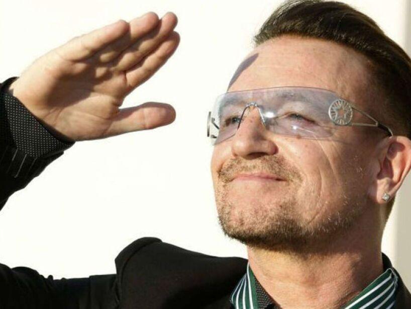 El vocalista de la banda U2 es uno de los más reconocidos y tiene una fortuna de 590 mdd.
