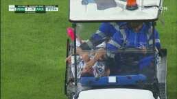 Momentos de tensión por una lesión de Marco García y sale en camilla