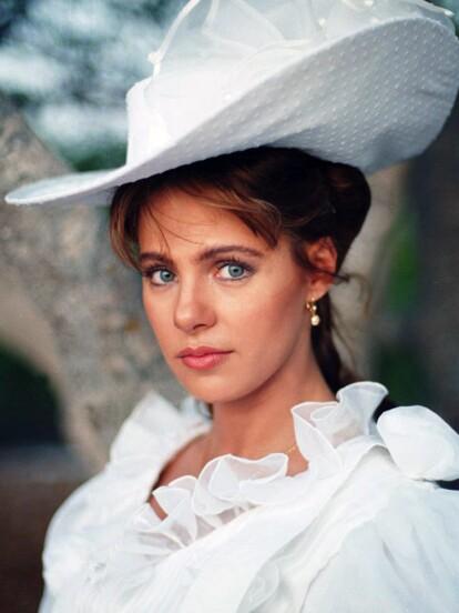 Ana Colchero es uno de los rostros más recordados de la década de 1990, pues fue una de las jóvenes promesas de la actuación que acaparó los protagónicos más emblemáticos de la época, como 'Corazón salvaje' y 'Alondra'. Sin embargo, luego de participar en una telenovela peruana en 1999, la actriz se alejó del medio del espectáculo. A continuación, te mostramos qué fue de ella.