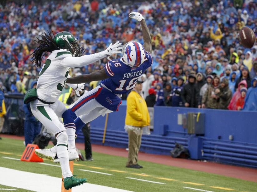 New York Jets v Buffalo Bills