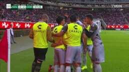 ¡Frentazo letal! Monges incrementa el marcador 0-2 sobre Chivas