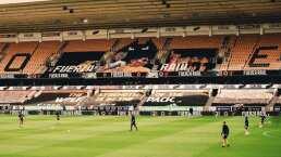 ¡Raúl Jiménez presente! Wolves pone mosaico en su estadio para duelo contra Aston Villa