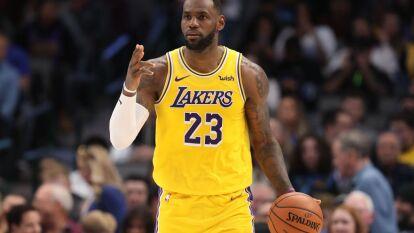 Capitán: LeBron James, el jugador de Los Angeles Lakers vivirá su All Stars Game número 16, y será el encargado de crear el equipo LeBron con jugadores de ambas conferencias.