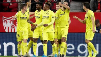 Villarreal por fín consigue su victoria número 300 en La Liga y pasa sobre el Sevilla de Javier Hernández, quien entró al campo al minuto 60. El marcador final es de 2-1 y con esto el Sevilla termina con su racha ganadora.