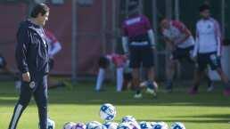 Cinco refuerzos de Chivas serían titulares para el CL 2020