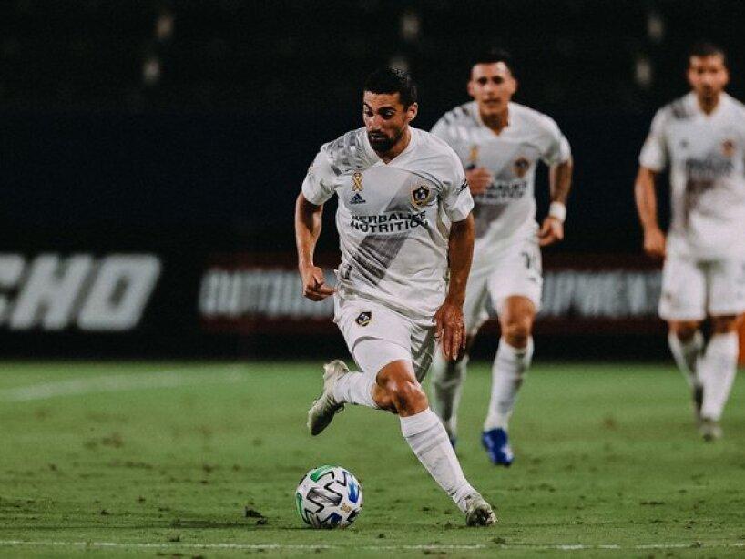LA Galaxy vs LAFC6.jpg