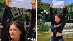 Video: Con todo y cartel, Ana Bárbara se 'manifiesta' para que los niños regresen a la escuela
