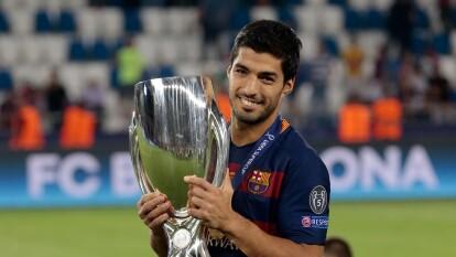 Así luce el 'selecto club' de los reyes de la Supercopa de la UEFA | Barcelona y Milan lideran el conteo de los equipos que más veces han ganado la competición.
