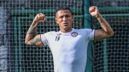 Yoshimar Yotún 'calienta' el juego de Cruz Azul ante Chivas