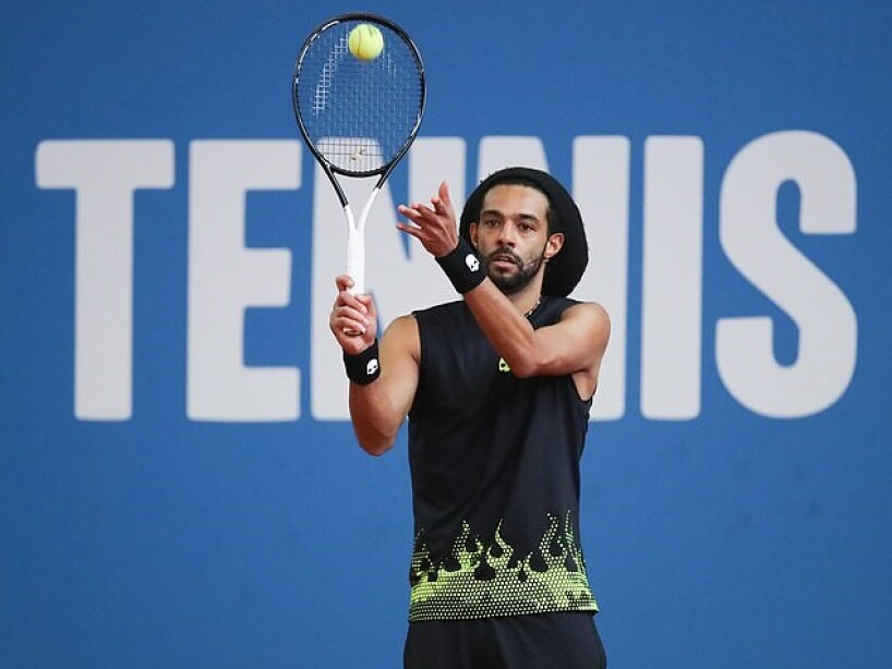 4 dustin brown tenis.jpg